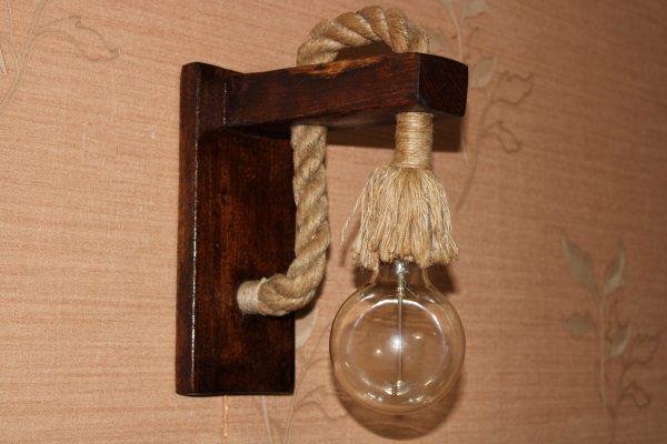 لوستر چوبی دیواری مدل آیتک